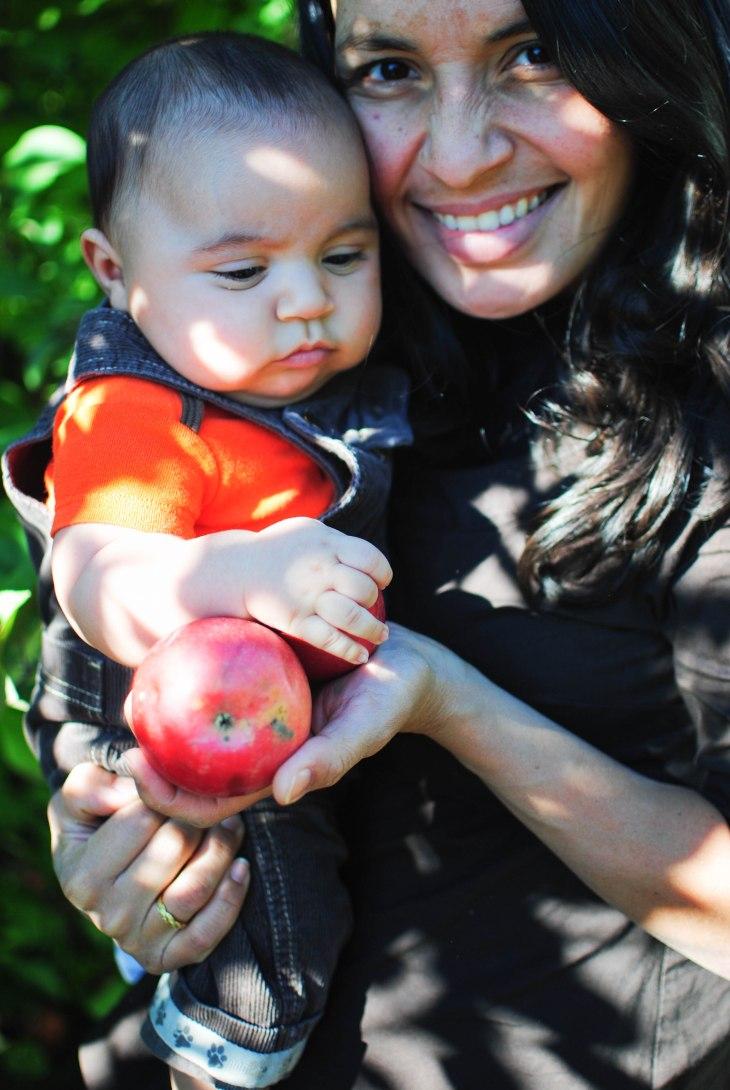 pachi mami apple (1 of 1)