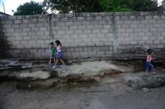 jugando en la pared-0501